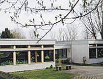 Gebäudeansicht Kindergarten Schloßhof