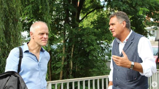 Thomas Poreski im Gespräch mit Bürgermeister Thomas Hölsch